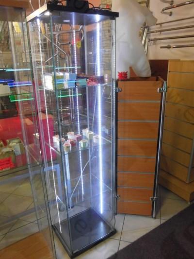 Detail produktu LED osvětlení vitríny