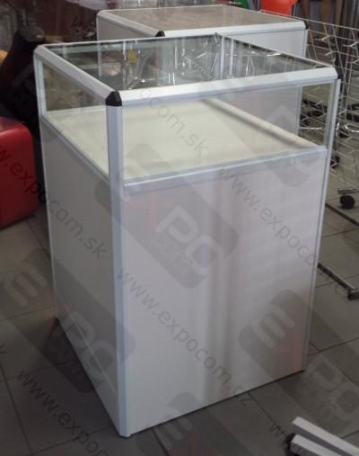 Detail produktu Prodejní pult prosklený D60xH60xV90cm