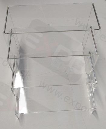 Detail produktu Plastový 4patrový set.
