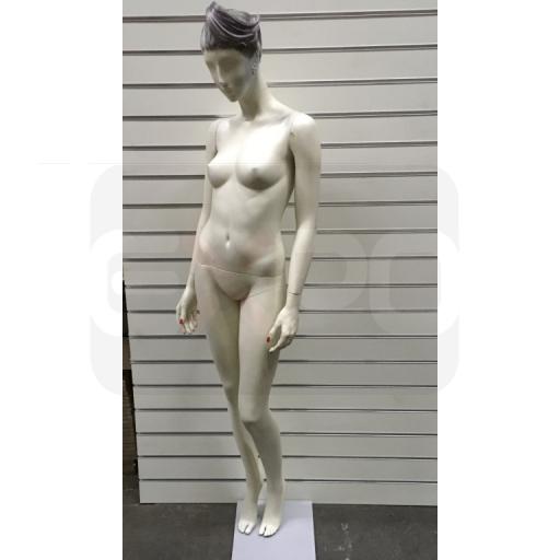 Detail produktu Dámská figurína  s hlavou.